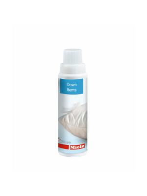 Detergent special pentru articole din puf si pene Miele